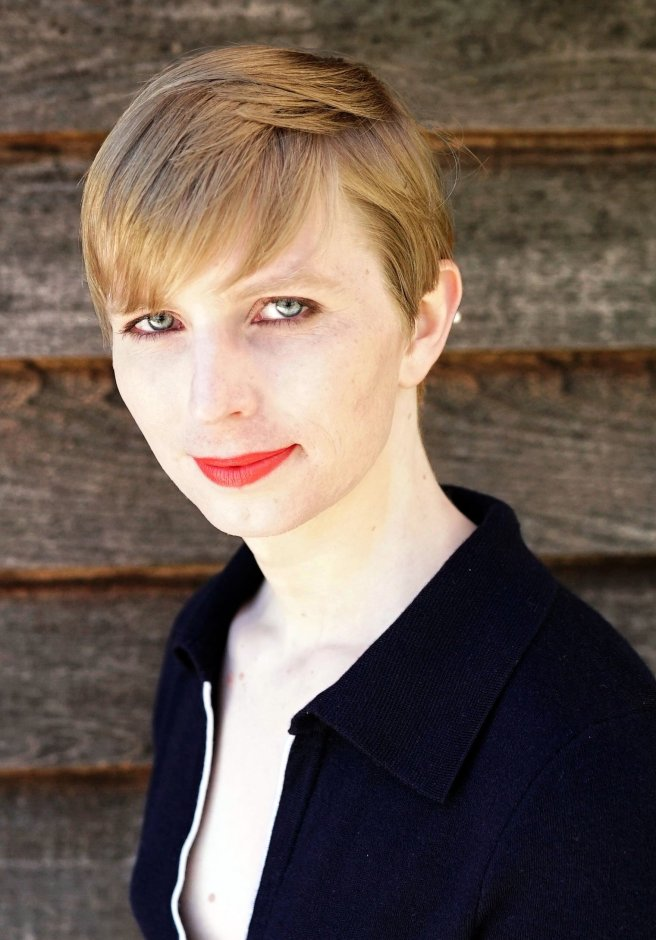 Chelsea_Manning,_18_May_2017_(cropped)